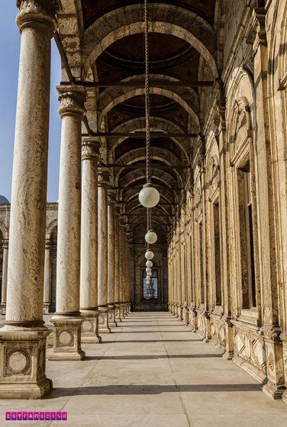 Detalhe da parte externa da Mesquita do Alabastro, no Cairo.