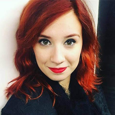 Estrangeira Gabi Torrezani