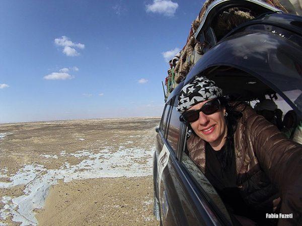 Fabia aventureira no 4x4, aproveitando o deserto no Egito!