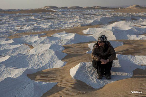 Essa parte do deserto é chamada de White Desert, por causa dessas pedras calcárias brancas. Surreal!