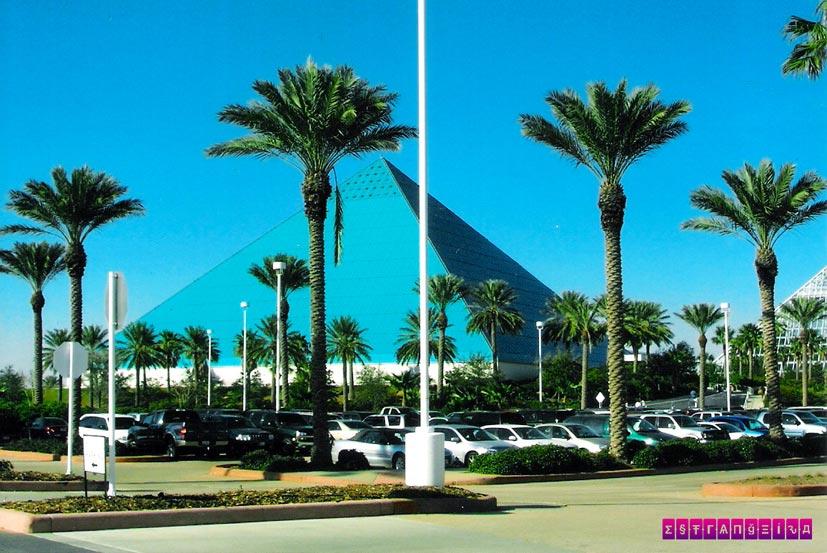texas-galveston-piramide-moody-garden