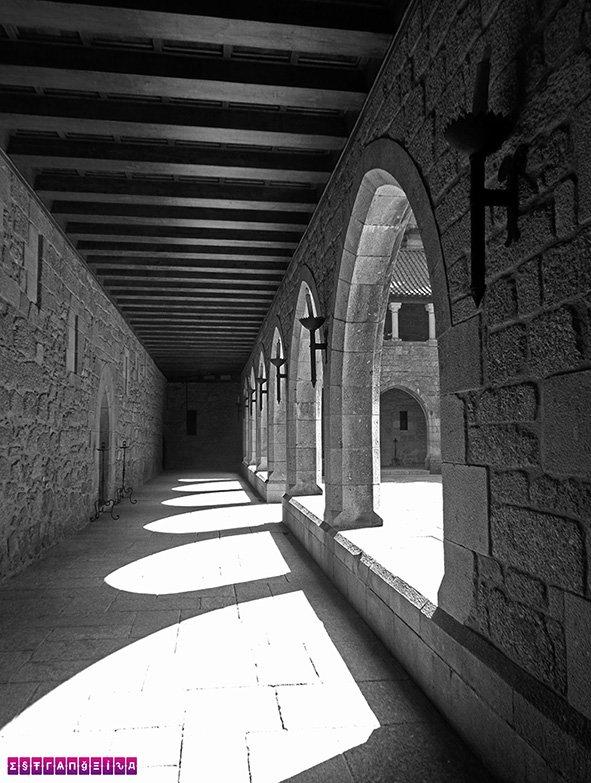 Interior do Paço dos Duques de Bragança.