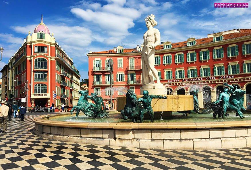 Place Masséna e suas cores e padrões