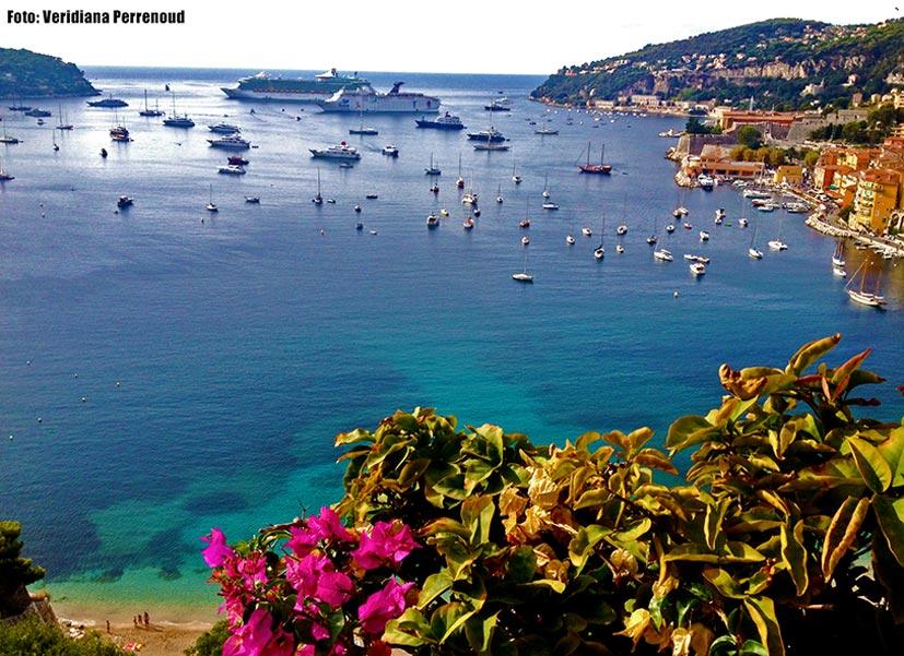 Villefranche-sur-mer-orla-praia-costa-azul