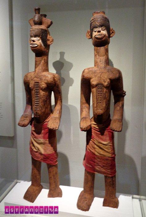 Esculturas de Guiné Equatorial, África - Museu de Culturas do Mundo