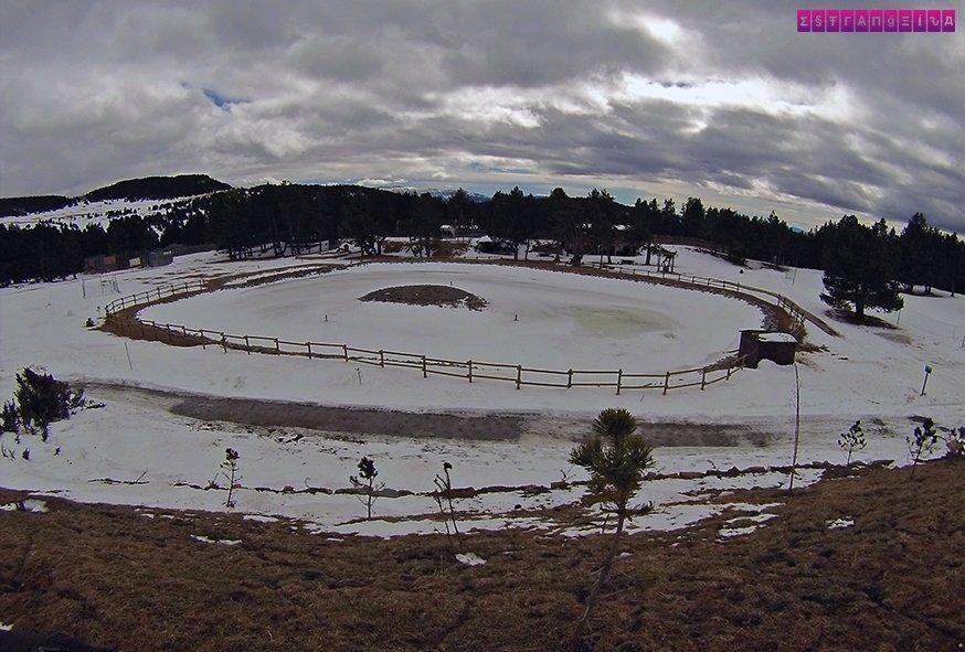 naturlandia-neve-andorra-lago-congelado