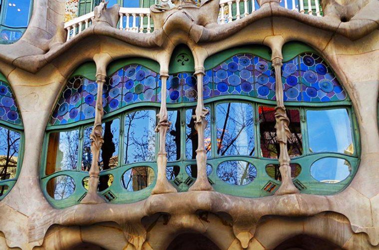 Casa-Batllo-fachada-barcelona-gaudi