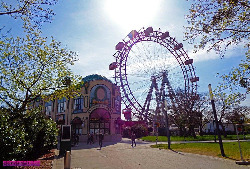 O Prater Park com a Riesenrad