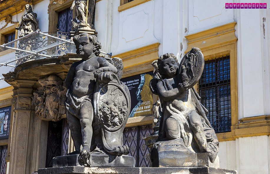 estatuas-anjos-loreto-praga-republica-checa