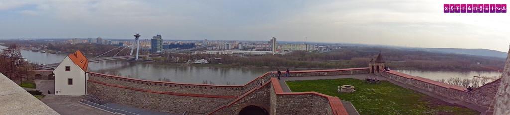 Panorâmica do Danúbio visto do Castelo de Bratislava