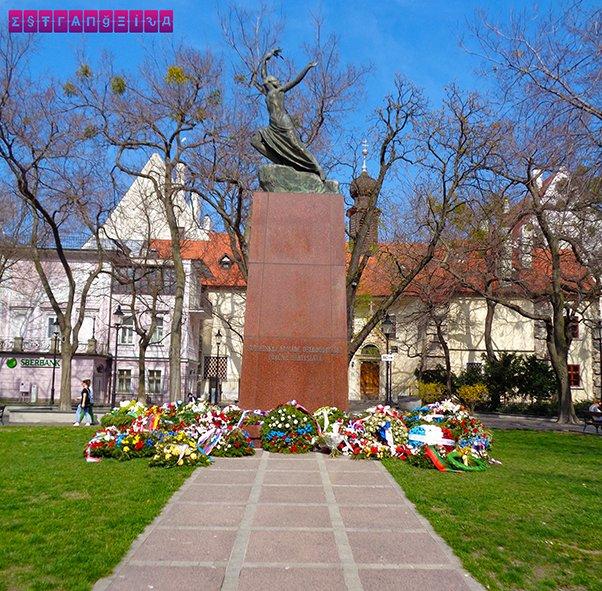 Mais uma da Praça Hviezdoslav