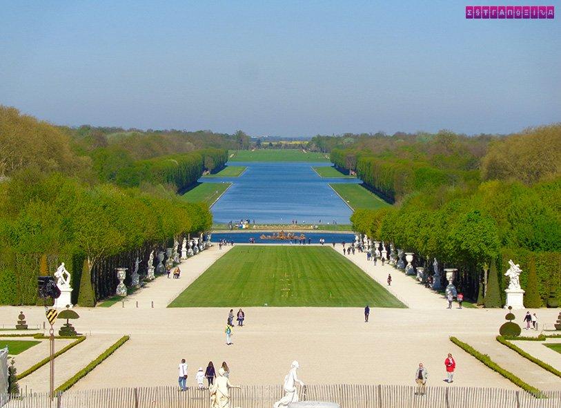 Os Jardins de Versailles vistos de cima, da altura do castelo.