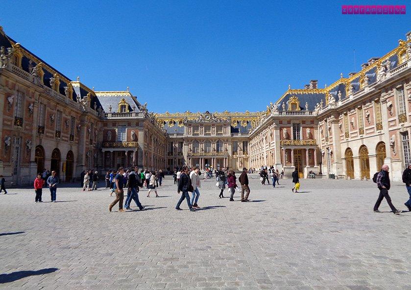palacio-versalhes-frança-entrada