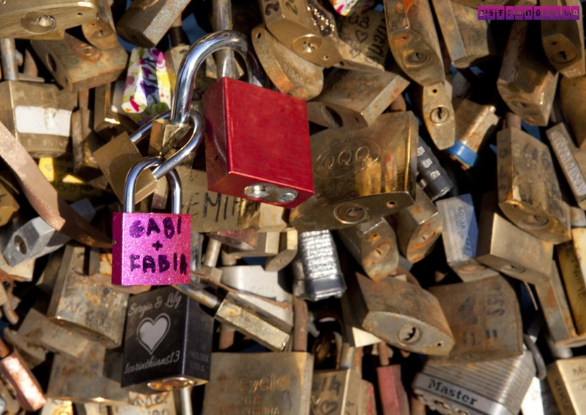 Paris-roteiro-ponte-cadeados