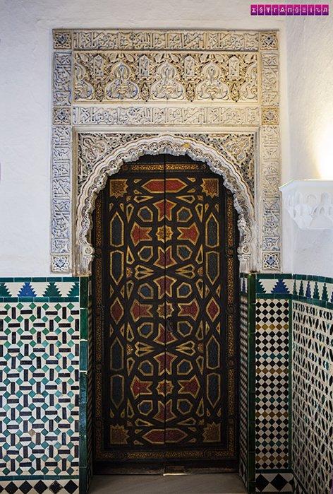 Real-Alcazar-Sevilha-arquitetura-visita-porta