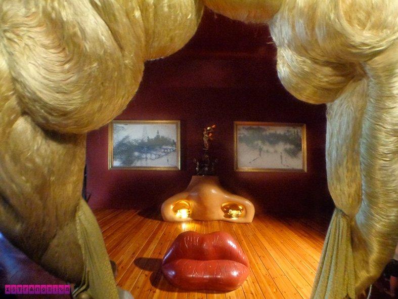 Tem Na Web - O que fazer em Figueres - a cidade de Salvador Dalí - Estrangeira