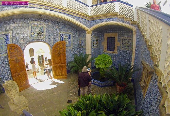 Os azulejos do Palau Marycell