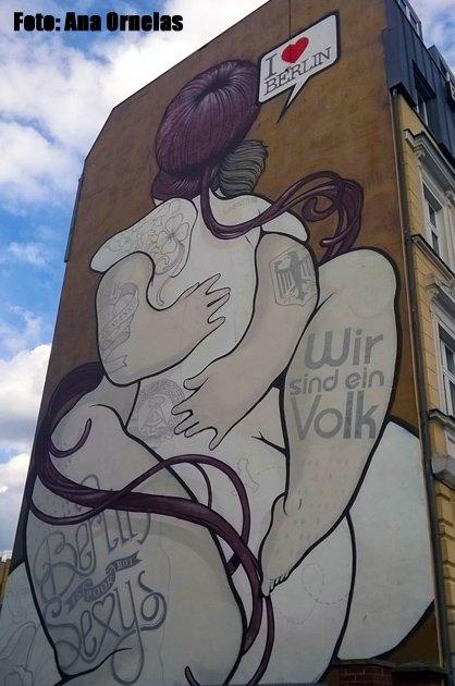 """""""Berlim é pobre, porém sensual"""" como diz o grafite!"""