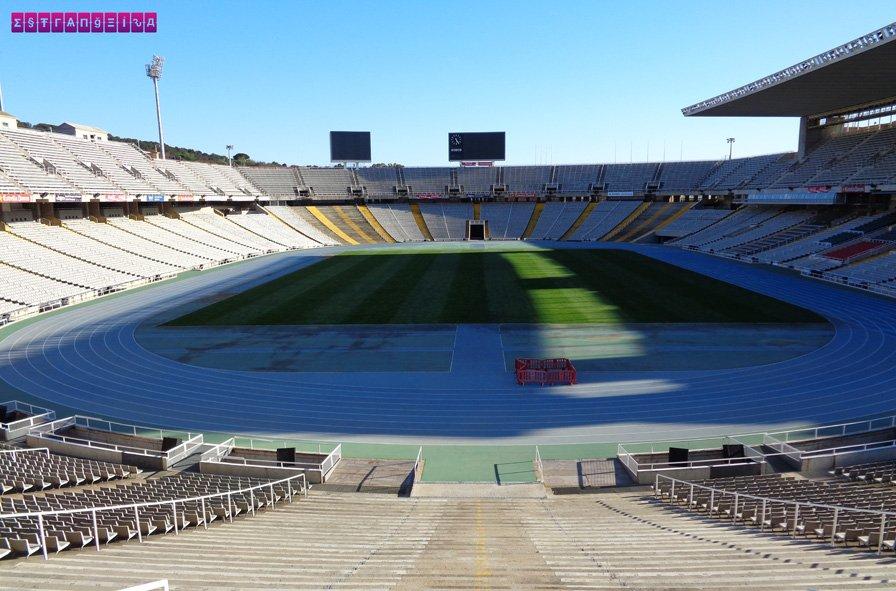 O estádio olímpico no Montjuic.