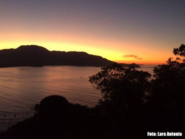 Amanhecer em Aventureiro - Ilha Grande