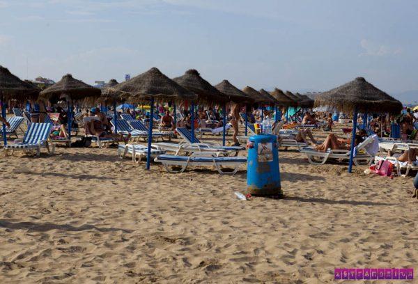Não deixe de visitar a praia em Valência!