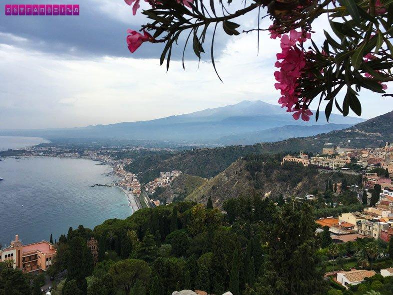 Tem Na Web - Taormina, SICÍLIA - ruínas e belas praias - Estrangeira