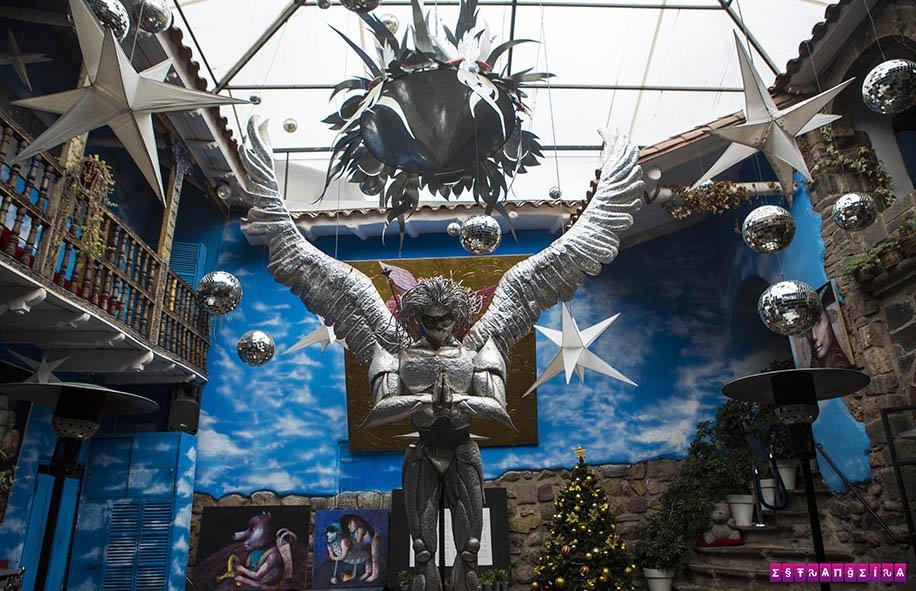 O Fallen Angel e sua decoração bapho