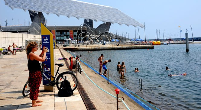 Melhores-praias-de-Barcelona-forum