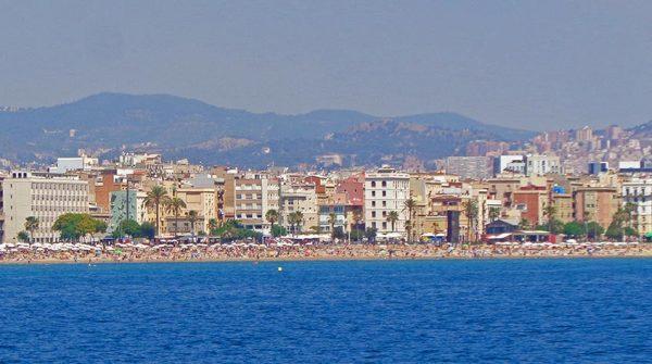 Praias-Barcelona-passeio-barco