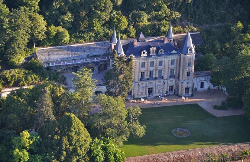 hoteis-em-castelo-na-frança-chateau-de-perreux-2