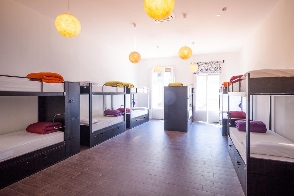 hostels-baratos-barcelona-360-arts-culture
