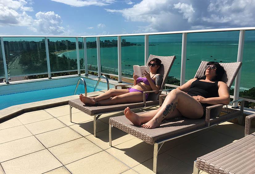 Hotel-mercure-maceio-piscina