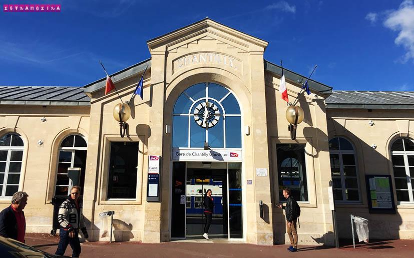 Como-chegar-no-Castelo-de-Chantilly-estacao-trem-chantilly