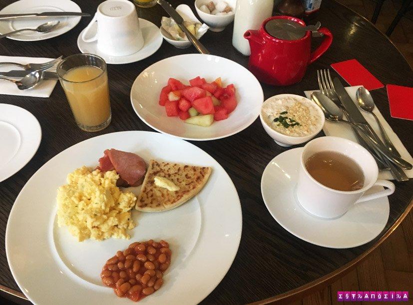 the-principal-manchester-hotel-cafe-da-manha