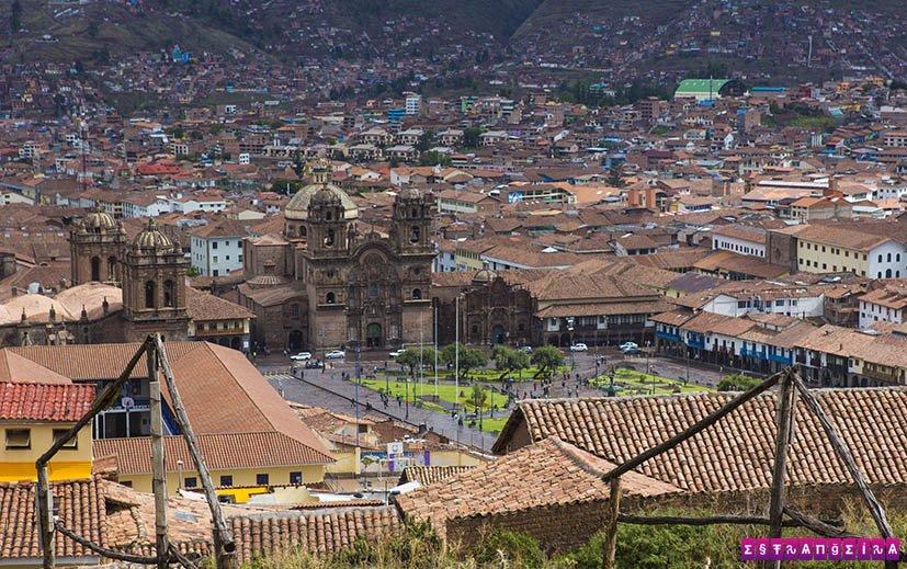 lugares-para-visitar-no-Peru-cusco-plaza-de-armas