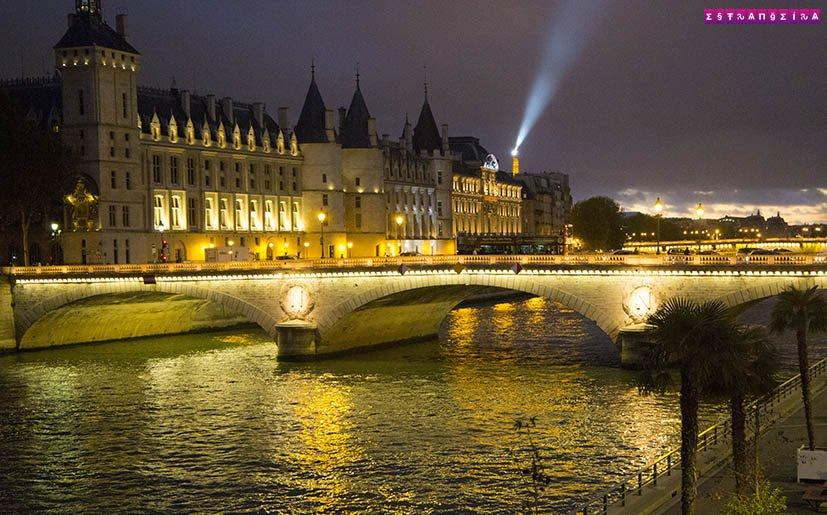 Tem Na Web - 10 melhores passeios românticos em Paris - Estrangeira