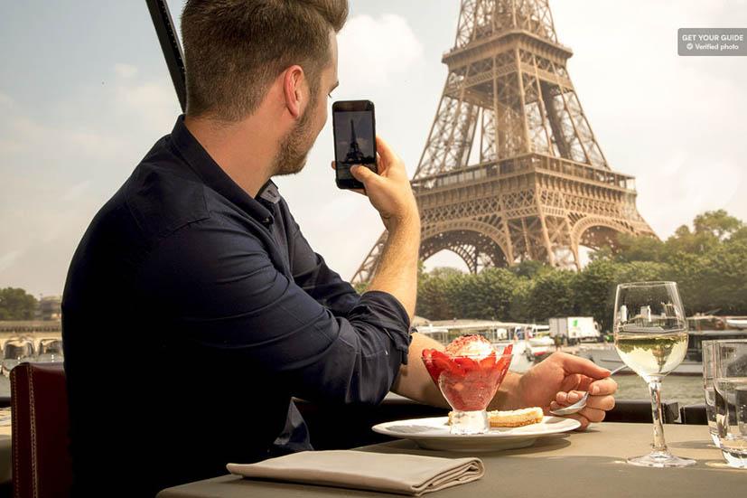 passeios-romanticos-em-paris-cruzeiro-sena-almoco