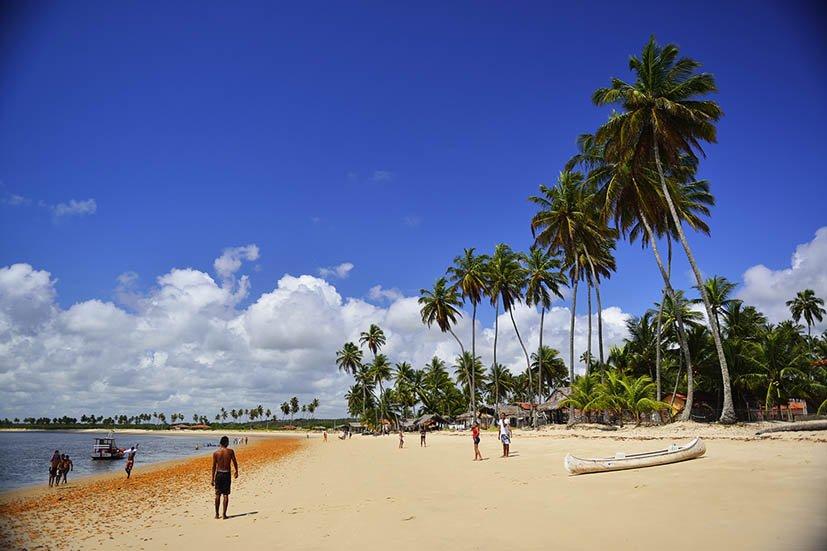 melhores-praias-da-paraiba-Traicao