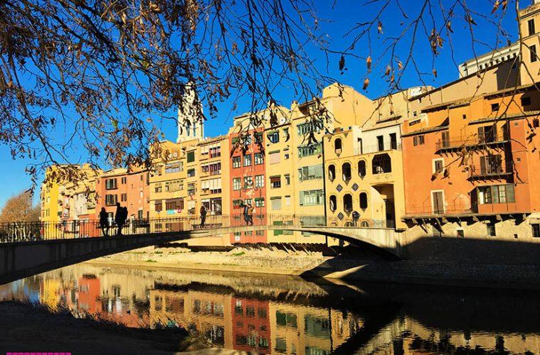 o-que-fazer-em-Girona-rio-casinhas