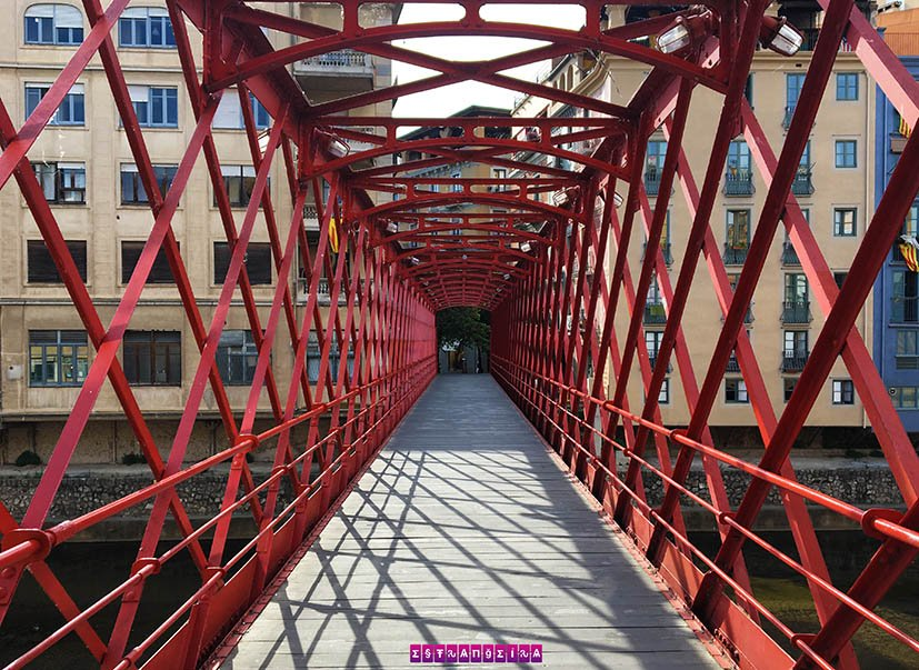 o-que-fazer-em-Girona-ponte-eiffel