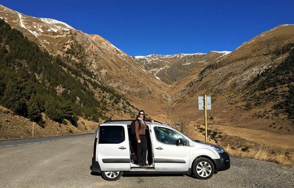 Mirante-em-Andorra-Roc-del-Quer-carro