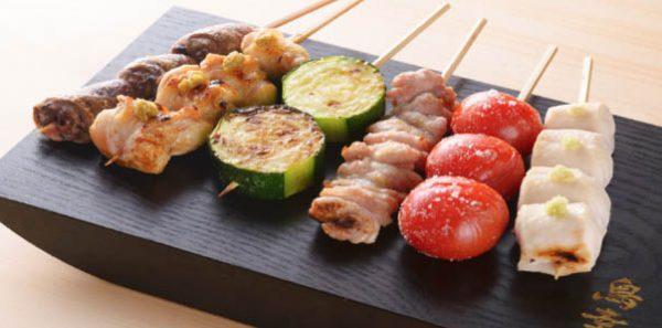 Comida-no-japao-yakitori