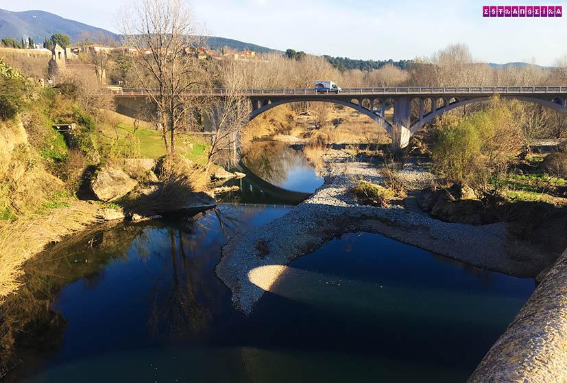 o-que-fazer-em-Besalu-rio-ponte