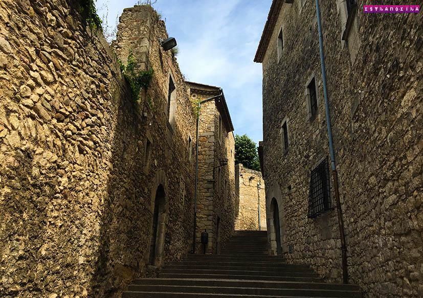 Tem Na Web - O que fazer em Girona - bate-volta de Barcelona - Estrangeira