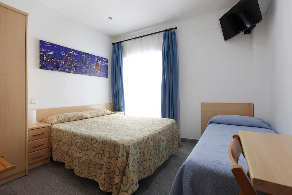 onde-ficar-em-tossa-de-mar-hostel-alba