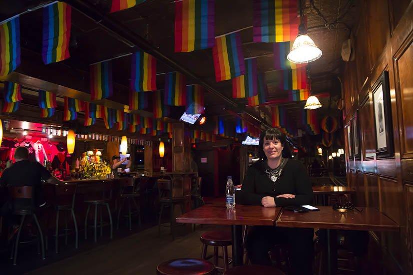 Stonewall-inn-interior