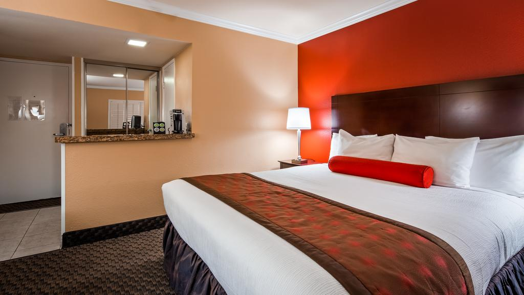 onde-ficar-em-las-vegas-best-western-cassino-royale-hotel
