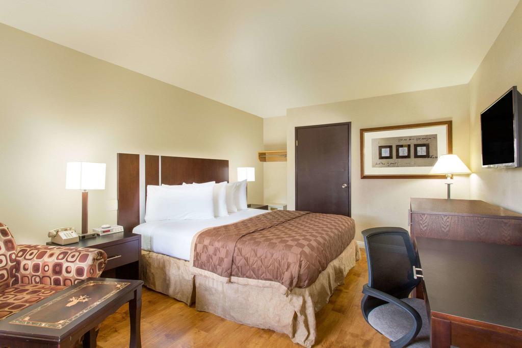 onde-ficar-em-las-vegas-travelodge-by-whyndham-motel-hotel