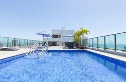 onde-ficar-em-recife-hotel-ramada-boa-viagem-piscina