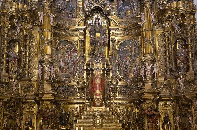o-que-fazer-em-cadaques-costa-brava-igreja-altar